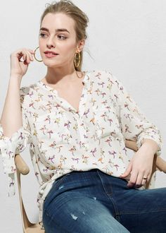 Flowy fabric Printed design V-neck Three quarter sleeve Cords to tie Two patch pockets on the chest Concealed button fastening Big And Tall Outfits, Plus Size Outfits, Cool Outfits, Amazing Outfits, Fabric Print Design, Violeta By Mango, Blazers, Plus Size Men, Mens Big And Tall