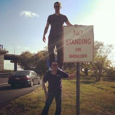 No Standing On Shoulder - #funny #lol #viralvids #funnypics #EarthPorn more at: http://www.smellifish.com
