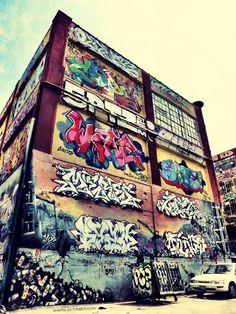 1000 ideas about new york graffiti on pinterest. Black Bedroom Furniture Sets. Home Design Ideas
