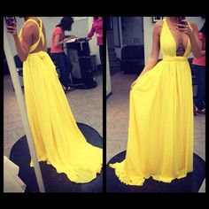 Vestido Amarela de festa. Vestido de madrinha de casamento. vestido de formatura