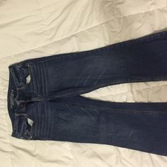 American Eagle Jeans flared jean. NO visible wearing. size 10 short. American Eagle Outfitters Jeans Flare & Wide Leg