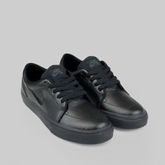 ae5dca5ab852 Nike SB Satire Leather Trainers Black Black Anthracite Skate Shoe Brands