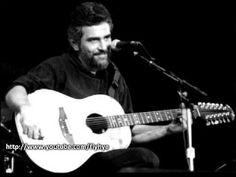 Artur Meschian - w latach komuny siadając z gitarą był głosem ludu. Sowieci nalozyli cenzurę na jego twórczość. Wyjechał z kraju i wrócił po odzyskaniu niepodległości. Dziś jest głównym architektem Yerevan. Arthur Meschian - Farewell - YouTube