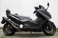 2013 Yamaha TMAX Black Max 530 review - wonder if I can find one of these in the States...