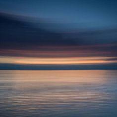 Und wer verbringt dieses Wochenende auch am Meer? Danke für dieses coole Bild: @olivernieschulz: Painting with the camera. Trying out several techniques lately.   Tagt Eure besten Strand- und Inselfotos mit #lanautique. Wir veröffentlichen täglich unsere Favoriten. Ahoi! ------------------------ #nordsee #ostsee #küste #meer #urlaub #insel #amrum #wangerooge #juist #borkum #rügen #fehmarn #sanktpeterording #baltrum #norderney #sylt #föhr #langeoog #sonne #strand #wochenende | #meer #mode…