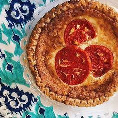 Who else loves a classic southern tomato pie? This one was made with Hanover tomatoes from Libbie Market in Richmond 🍅🍅 #vafoodie  📷: @meganmarcostyle