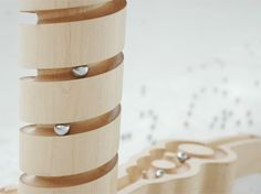 Marbelous Table http://www.toxel.com/inspiration/2012/02/26/marbelous-table/ via @toxel