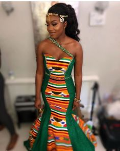 Corseted Kente gown for 💚💚💚 Makeup Hair Styled by Frontal installation by… African Fashion Ankara, Latest African Fashion Dresses, African Print Fashion, African Wedding Attire, African Attire, African Weddings, African Print Wedding Dress, Nigerian Weddings, Ghana Wedding Dress