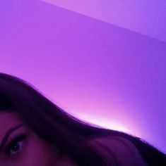 listen to her shell inspire you Violet Aesthetic, Bad Girl Aesthetic, Aesthetic Colors, Aesthetic Grunge, Aesthetic Photo, Tumblr Photography, Photography Poses, Girl Pictures, Girl Photos