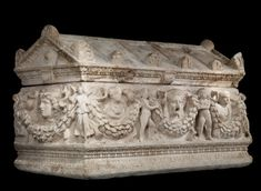 Culture: Roman Date: A. Period: Imperial Place of origin: Turkey (Phrygia); Italy, Rome, Via Salaria (Place of Discovery); Turkey, Dokimeion Quarry (Source of Materials) Present Day, Roman Empire, Ancient Art, African Art, Art Museum, Sculpture Art, Garland, Medieval, Decorative Boxes