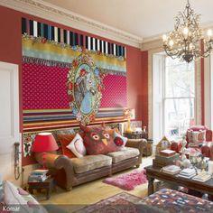 Dieses farbenfrohe Wohnzimmer besticht besonders durch die auffällige Motivtapete von komar. Das Zebraportrait mit dem bunten Mustermix als Hintergrund ist eindeutig …