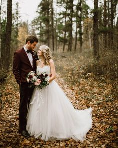 Charming and romantic wedding style | Image by Ariana Tennyson Photography