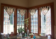 Triangle Valance by diann's work, via Flickr