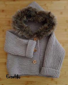 abrigo tejido a dos agujas Knitting Projects, Knitting Patterns, Crochet Baby, Knit Crochet, Bebe Baby, Knitwear, Winter Hats, Pullover, Little Girls