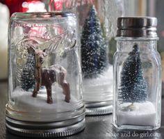DIY Christmas snow globe!