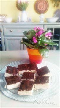 Zobrazit detail - Recept - Jablečná buchta s čokoládovou polevou Kiwi, Tiramisu, Ethnic Recipes, Food, Essen, Meals, Tiramisu Cake, Yemek, Eten