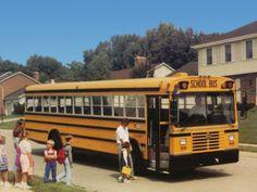 Wayne Lifestar FE School Bus '1988 Old School Bus, School Buses, International Harvester, International School, School Bus Pictures, Retro Bus, Vintage School, Busses, Lifeguard