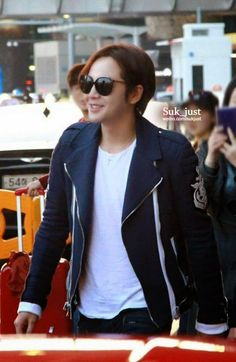 The Eels Family Official Bulletin: [Pics - 6] New photos of JKS returning to Korea Incheon airport 03-04-2015