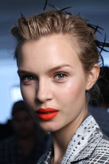 Bridal Hair & Makeup Trends for 2012