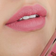 Pixi by Petra MatteLast Liquid Lip in Really Rose lip swatch and review. Pixi Beauty Really Rose. Liquid lipstick lip swatch