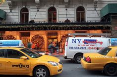 NYC, Style and a little Cannoli: The Plaza Hotel at Christmas
