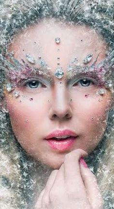 53 Trendy Creative Makeup Looks Fantasy Snow Queen Costume Halloween, Halloween Makeup, Ice Queen Costume, Ice Princess Costume, Maquillage Halloween, Fantasy Makeup, Fantasy Hair, Costume Makeup, Makeup Art