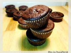 Briose cu ciocolata - pufoase si gustoase