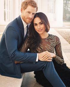 Finalmente! As fotos oficiais do noivado de Meghan e Harry - Mundo - FLASH!