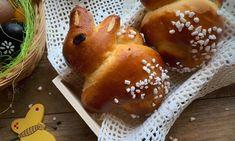 Podmásloví zajíčci – Vůně chleba Caramel Apples, Hamburger, Pudding, Bread, Desserts, Food, Tailgate Desserts, Deserts, Meal