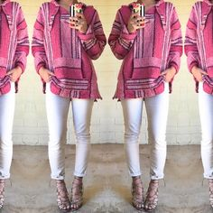 Vintage pink oversized drug rug hoodie Super on chic and on trend! One size fits most Vintage Sweaters