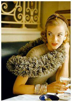 Lois Gunas Wideman  Photo by Nina Leen, 1954 702×988 пикс