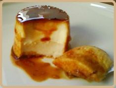 Flan of almonds and cookies Flan Recipe, Recipe For 4, Delicious Desserts, Dessert Recipes, Yummy Food, Puerto Rico Food, My Dessert, Pudding Recipes, Mousse
