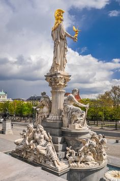 Statue of Pallas Athena in front of Parliament building - Vienna, Austria Beautiful World, Beautiful Places, Neoclassical Architecture, Monuments, Countries Of The World, European Travel, Night Life, Places To Visit, Around The Worlds