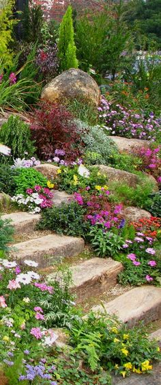 Beautiful front yard rock garden landscaping ideas (84) #LandscapingIdeas