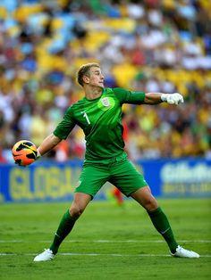 Fútbol│Fútbol - Joe Hart - #Fútbol Football Soccer, Football Players, Female Soccer Players, Soccer Inspiration, British Sports, International Football, Athletic Men, Goalkeeper, Manchester City