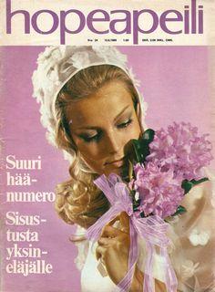 1965     Sorjat pukimet  oli Muotisorjan (1966 ->) aikaisempi nimi.   Muotisorjasta tuli sitten Muoti+Kauneus.                1969  ...