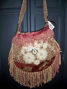 gorgeous carpet bag purse