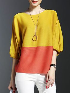 Love the colors and shape of this shirt, simply accessorized but still makes a statement. Mom Outfits, Casual Outfits, Summer Outfits, Fashion Outfits, Womens Fashion, Color Blocking Outfits, Mode Top, Pattern Fashion, Blouse