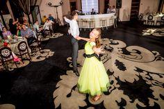 Baptism Photography, Girls Dresses, Flower Girl Dresses, Wedding Dresses, Fashion, Dresses Of Girls, Bride Dresses, Moda, Bridal Gowns