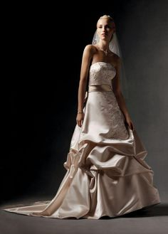 oleg cassini, this IS my dress, I can't wait to wear it <3 It is hanging in my mom's closet :)