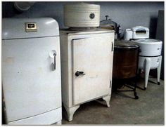 vintage appliances by popcornfeet, via Flickr