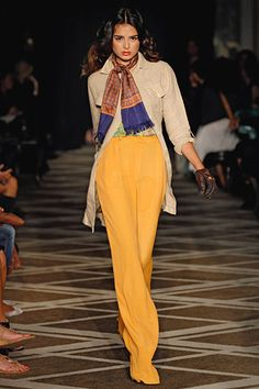 Chic day colored pants