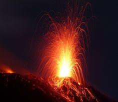 Il Vulcano a Piedi - Escursioni sul Vulcano Stromboli