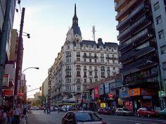Argentina, Buenos Aires: Avenida Corrientes y Pueyrredón