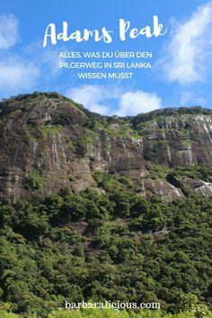 Der Adams Peak (oder buddhistisch Sri Pada bzw. hinduistisch Shiva padam) ist ein Berg im südlichen Hochland von Sri Lanka, auf den ein Pilgerweg hinaufführt. Dieser zieht über das gesamte Jahr Gläubige aus Sri Lanka an. Wirklich viele Pilger triffst du hier in der Hauptsaison zwischen Dezember und Mai. Außerhalb der Saison ist Monsunzeit und der Aufstieg kann durch Regenfälle und starke Winde gefährlich werden. Lies mehr dazu in meinem Blogpost!