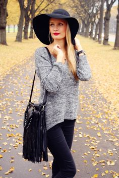Grey knits and floppy hat #fall