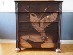 How to Makeover Antique Dresser With Hummingbird Design DIY - Upcycled Home Decor Easy A, Furniture Makeover, Painted Furniture, Diy Furniture, Furniture Refinishing, Refurbished Furniture, Unique Furniture, Office Furniture, Decorative Wood Pieces
