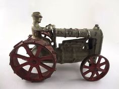 Arcade Early 20c Fordson Cast Iron Toy Tractor w Driver | eBay
