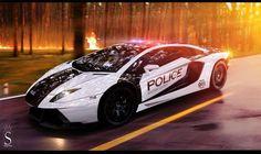 Coolest Police Cars: Lamborghini Aventador
