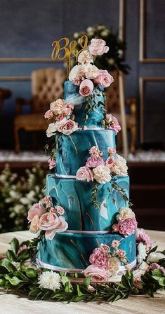 Need some inspiration for your cake design? Which style of cake should you choose? What should it taste like? The wedding cake style will relate. cakes designs The 50 Most Beautiful Wedding Cakes Different Wedding Cakes, Pretty Wedding Cakes, Wedding Cake Designs, Pretty Cakes, Beautiful Cakes, Cake Wedding, Wedding Themes, Wedding Colors, Wedding Ideas